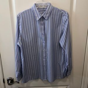 Foxcroft woman's button up blouse- perfect